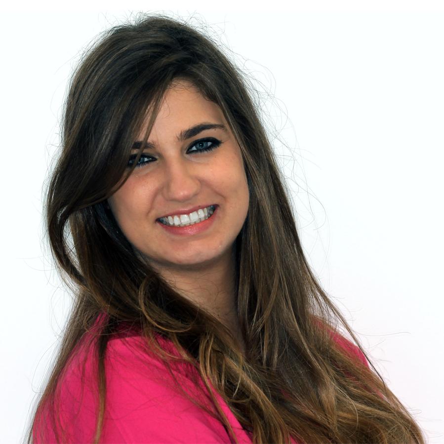 https://www.dentistasecija.es/wp-content/uploads/2015/11/equipo-dentistas-ecija-4.png